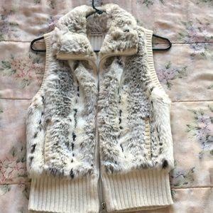 Sweaters - Fur knit vest